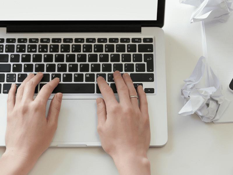 Uppdatera ditt CV, personliga brev och din LinkedIn-profil